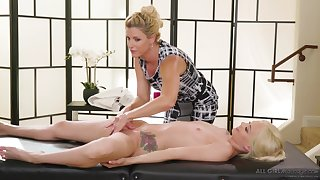 India Summer & Elsa Jean The Protege lesbians massage