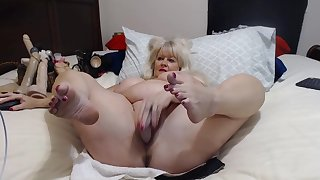 Older Laddie With Big Tits Shows Herself