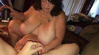 Mature sbbw pound plus blowing young dick