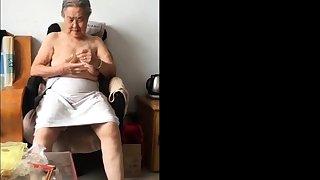 Asian 80+ Granny Tick bath