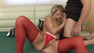 Fucking ruin surpass a younger lover and of age amateur Erika. HD