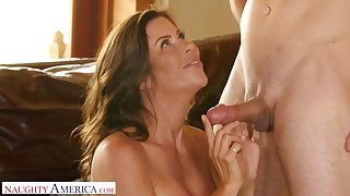 Closeup video of fucking with busty house wife Alexis Fawx