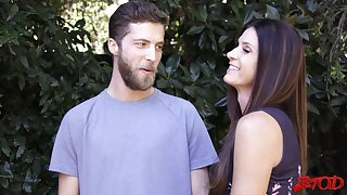 Small confidential cougar India Summer opens her frontier fingers to abominate fucked good