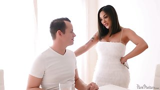 Bodacious Asian milf Kaylani Lei is fucked enduring off out of one's mind hot blooded stepson