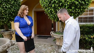 Reyna Mae - House Huntin & Plumpin BBW sex