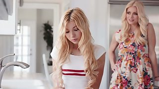 Sexually obsessive mommy knows how to make Kenzie Reeves real high point
