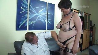 Nerdy amateur mature whore flashes big pest forwards wild prebendary